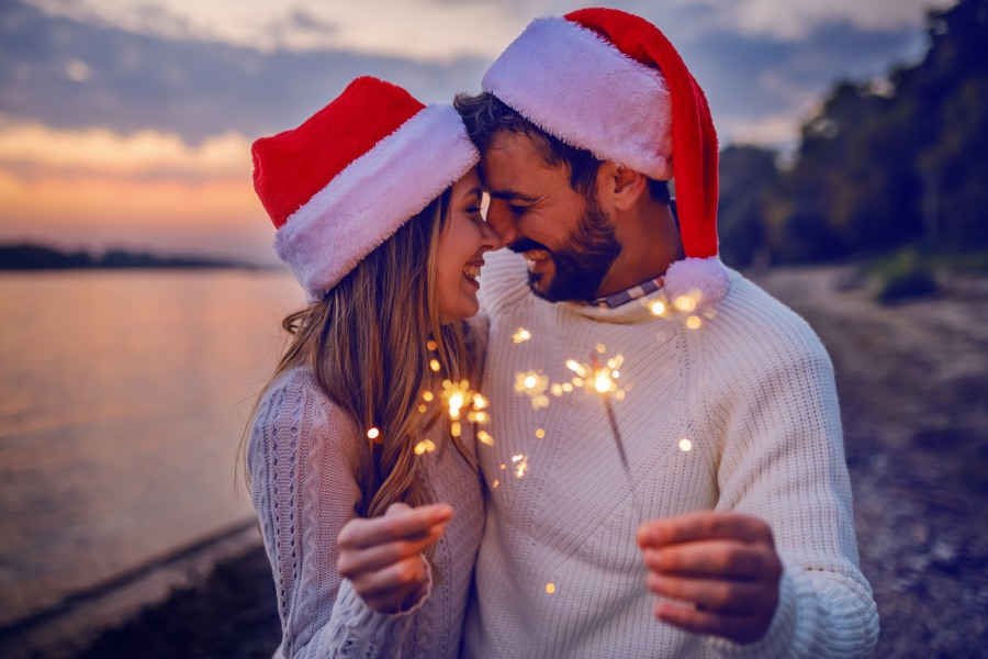 Christmas couple sparkles